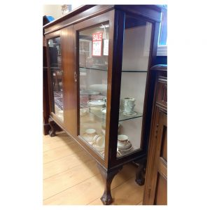 Mid Century Queen Anne Style Display Cabinet